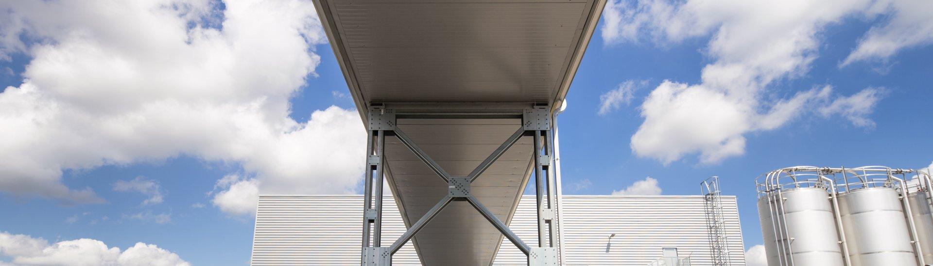 Steel buildings technical information, CZ0741 Rimowa bridge