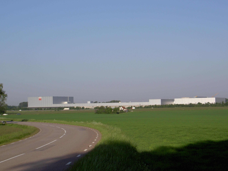 Hala ICA (68 000 m²)